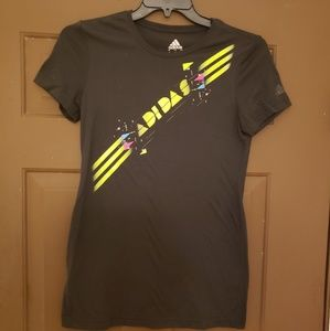 Adidas graphic tee size L